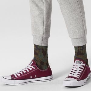Converse Chuck Taylor Burgundy Ox Sneakers